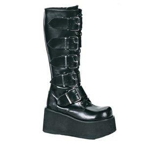 9c304f4d3c7 Hot Topic Shoes - Demonia Trashville 518 Platform Buckle Boots Goth